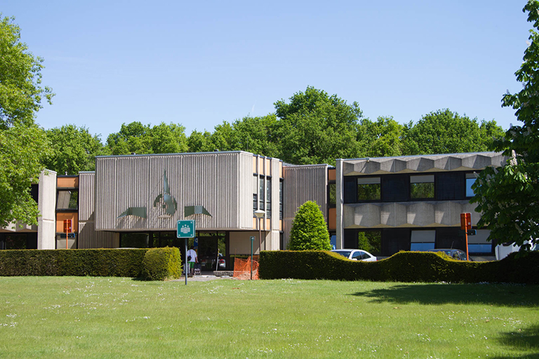 Woonzorgcentrum in groene omgeving